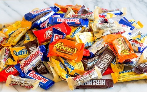 10-ways-to-use-up-halloween-candy-02