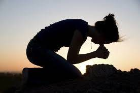 b2ap3_thumbnail_woman-praying_20170502-021334_1