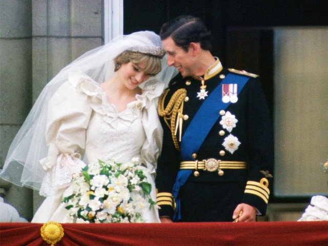 princess-diana-wedding-the-crown-288729-1597946303806-main.1200x900uc